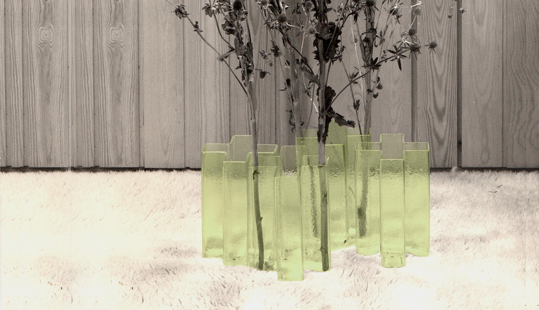 Cross vases